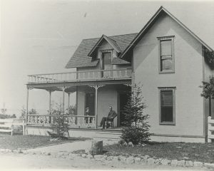A picture of 'The Lilacs', the cottage Hubbard built in Hubbard's Annex to the National Park.